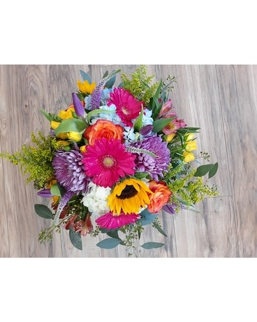 Country Cottage Flower Arrangement