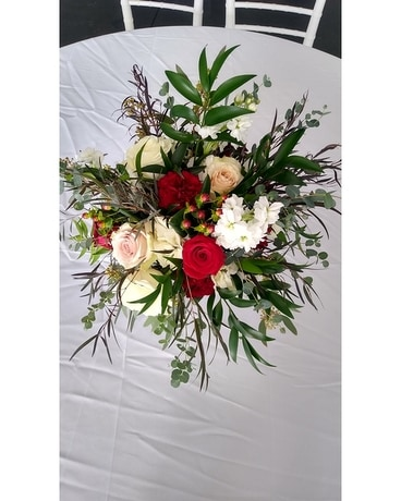 Christmas Arrangement Flower Arrangement