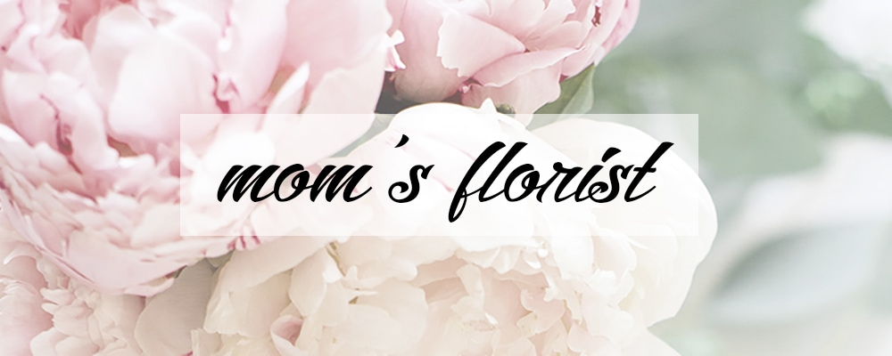 Flower Delivery to Assiniboia by Mom's Florist