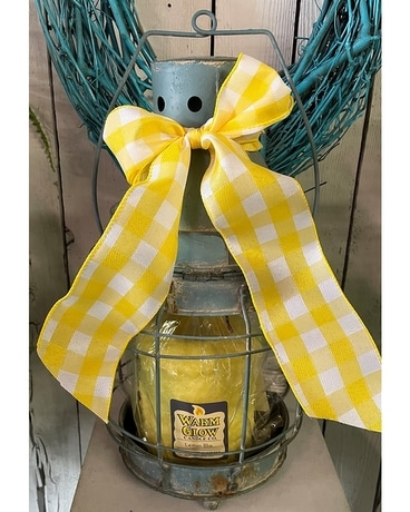 Country Thyme lemonade Medium Flower Arrangement