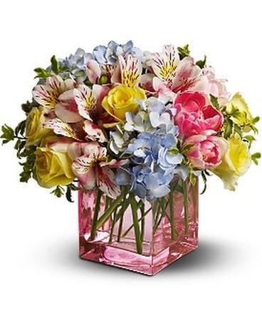 Telefloras spring sweetness in bonita springs fl bonita blooms telefloras spring sweetness flower arrangement mightylinksfo