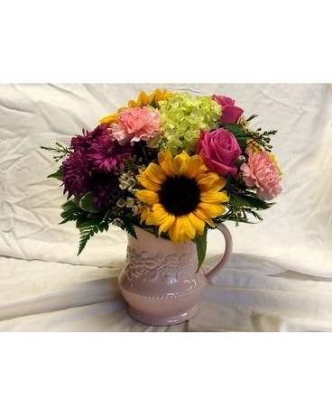 Pretty Pitcher Flower Arrangement