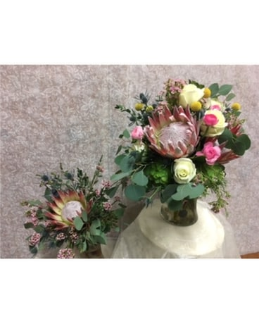 Bridal Bouquet<br>(as shown on right)