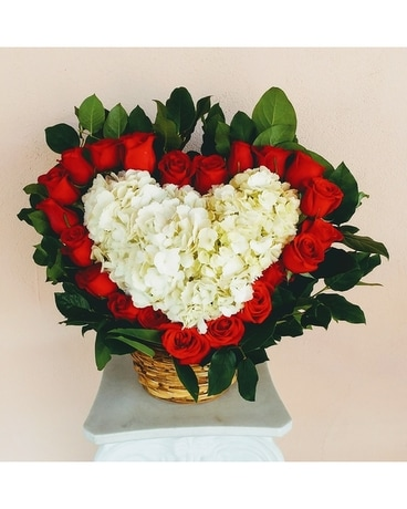 My Heart is Yours Flower Arrangement