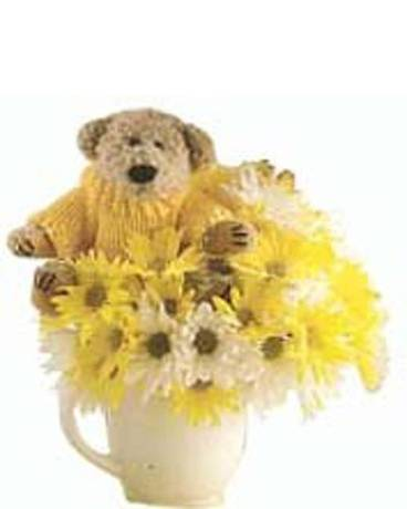 That''s a Latte Bear Flower Arrangement