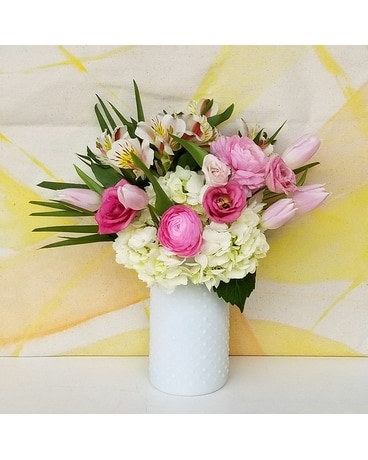 Olympia Marble Flower Arrangement