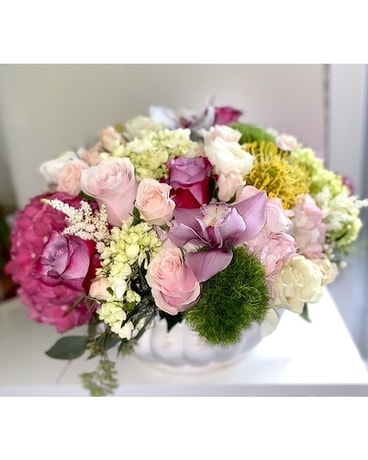 Amour Flower Arrangement