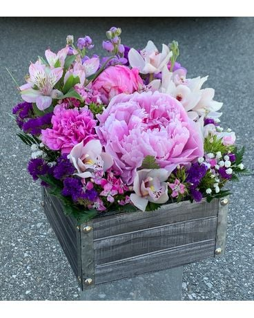 Peony mix flower box Flower Arrangement