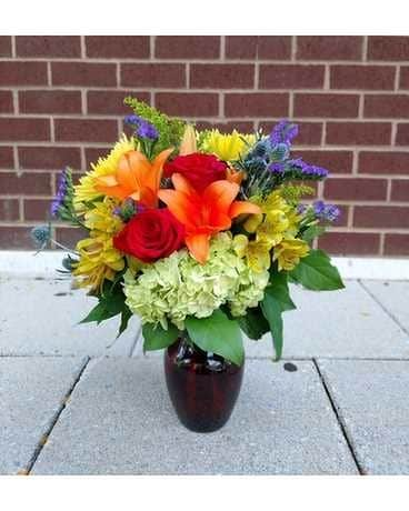 Alluring Amber Flower Arrangement