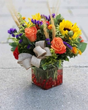 Sunflower Bright for Fall Flower Arrangement