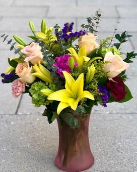 Fanfare Flower Arrangement