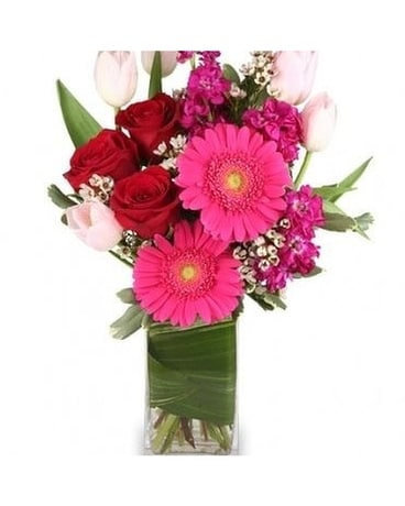 Charming and Sweet by Lovebird Flowers Flower Arrangement