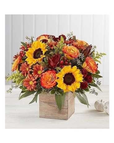 Chic Autumn by Lovebird Flowers