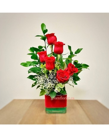 Rose Dance Flower Arrangement