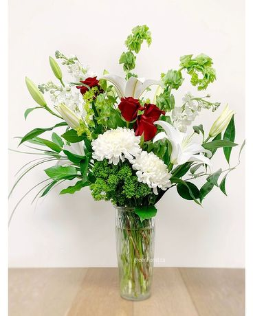 Timeless Flower Arrangement