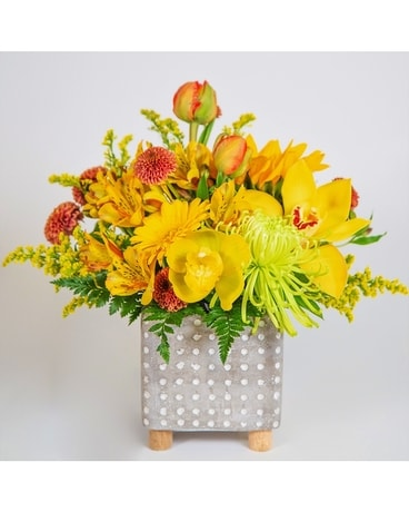 Yellow Dots Flower Arrangement