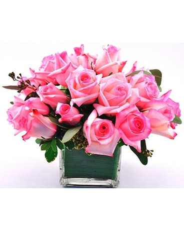 Pink Rose Cube Flower Arrangement