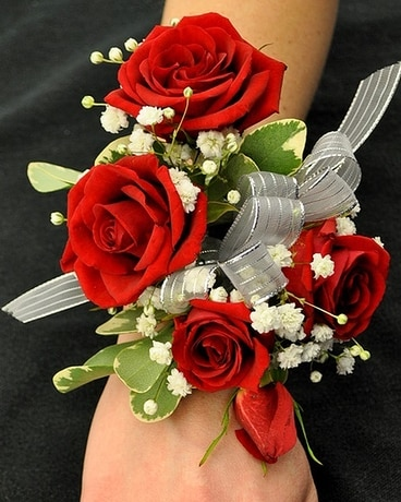 Spray Rose Wrist Corsage Flower Arrangement