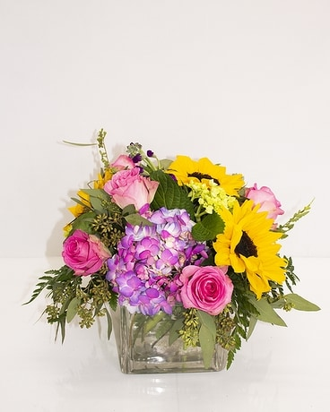 Pretty Woman by Bill Flower Arrangement