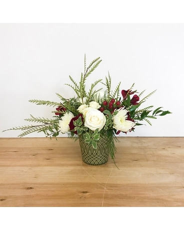 Snow Bell Flower Arrangement