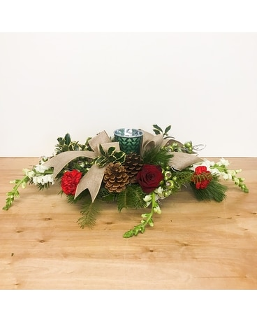 Woodsy Christmas Flower Arrangement