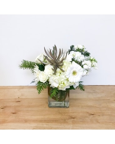 Alpine Snow Flower Arrangement