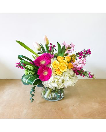 Full of love Flower Arrangement