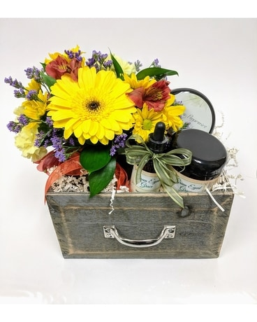 Cheer Up Spa Box Flower Arrangement