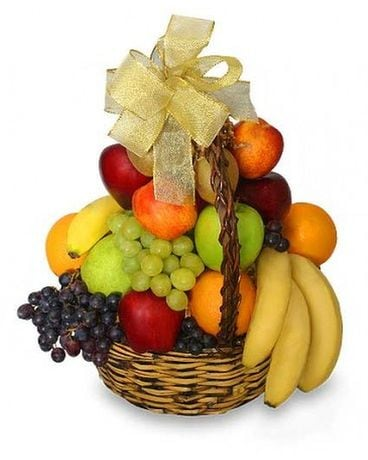 Classic Fruit Basket Gifts