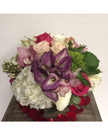 Grace Garden Flower Arrangement