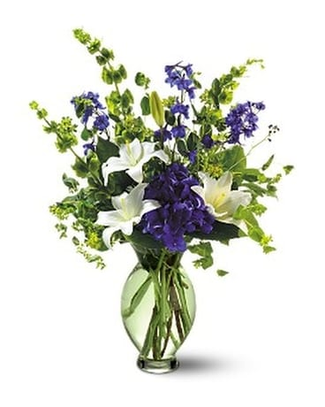 Teleflora's Green Inspiration Flower Arrangement