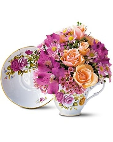 Pink Roses Teacup Flower Arrangement