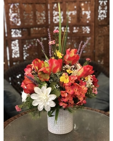 Coral Sunset Flower Arrangement