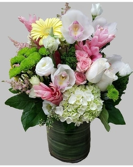 New Fashionista Flower Arrangement