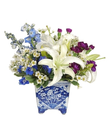 Williamsburg Blue Flower Arrangement
