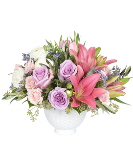 Soft and Pretty Flower Arrangement