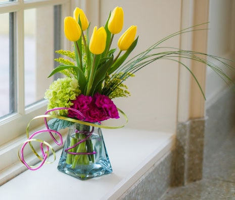 Oshkosh Florist Flower Delivery By House Of Flowers