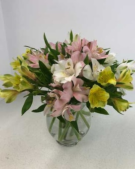 Simple & Sweet Bouquet Flower Arrangement