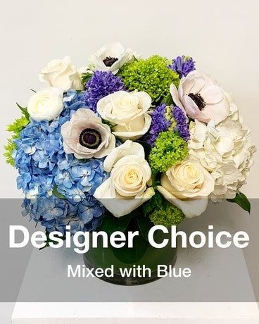 Blue eyes Flower Arrangement