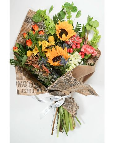 Wild Flower Themed Loose Wrap Flower Arrangement