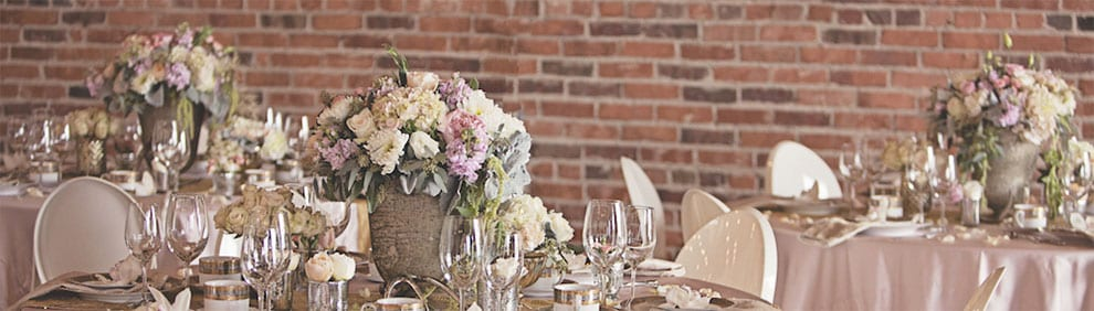 Fort Collins Floral offers a complete set of corporate floral services to businesses in Fort collins, Loveland, and surrounding areas.