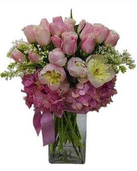 Pretty in Pink Tall Flower Bouquet