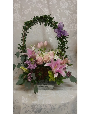 Designer Garden Flower Arrangement