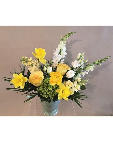 Everly Flower Arrangement
