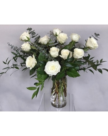 Avof White Roses Flower Arrangement