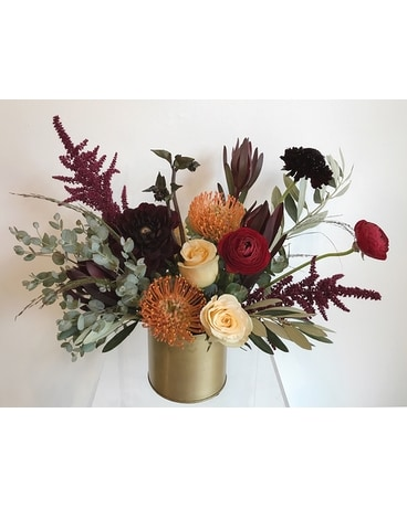 Allspice Flower Arrangement