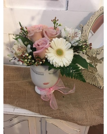 Pretty in Pink Selfie Flower Arrangement