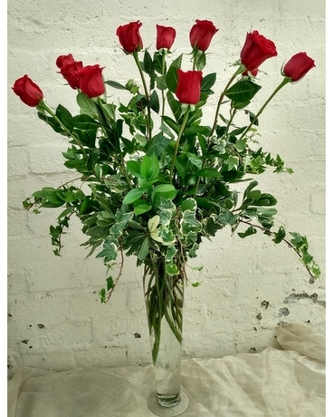 Extra Fancy Extra Long Dozen Red Roses