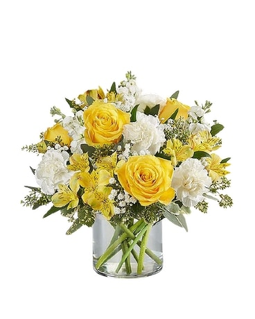 Yellow and White Delight Bouquet Flower Arrangement