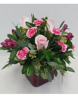 Vday Cube Flower Arrangement